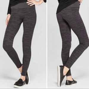Assets By Sara Blakely Camo Leggings  Small